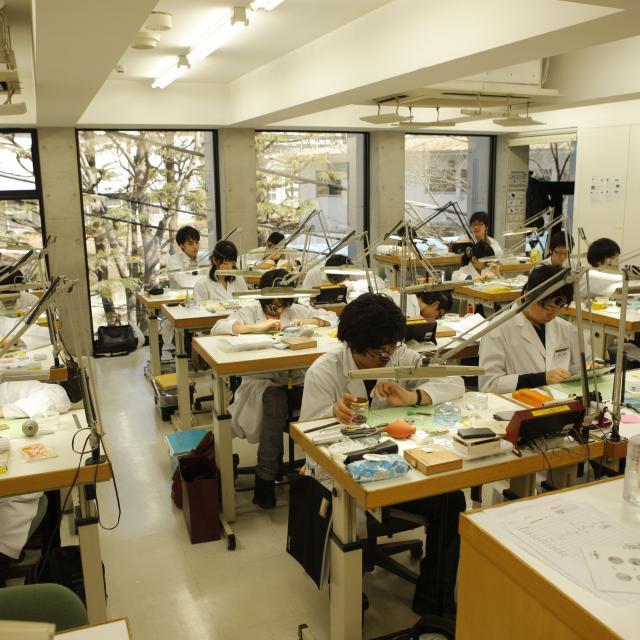 「ヒコ・みづのジュエリーカレッジ」の画像検索結果