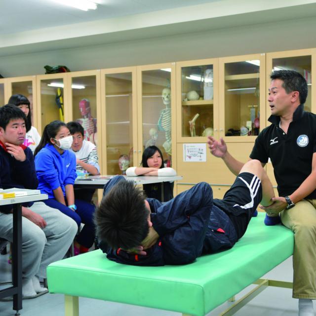 東京メディカル・スポーツ専門学校 ★特別企画★プロトレーナーのスペシャル授業を体験しよう!3
