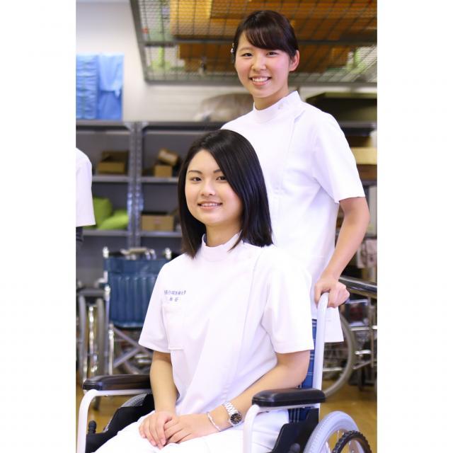 大阪行岡医療大学 スポーツ・医療の仕事を目指そう! ★理学療法士★を体験♪2