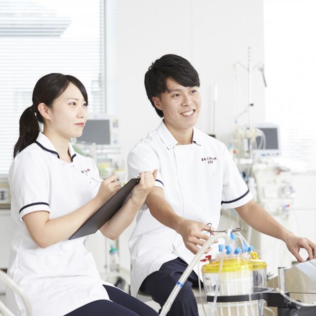 博多メディカル専門学校 メディカルブルー緊急出動!12月 臨床工学技士科2