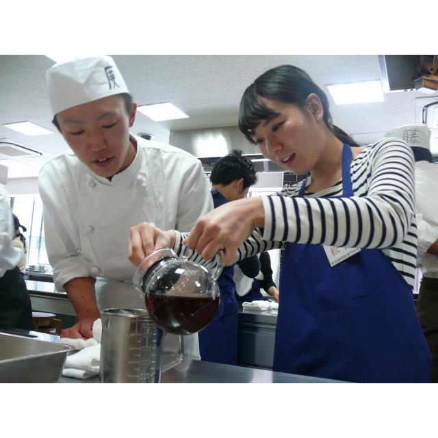 町田調理師専門学校 「ジュワッとスープにモチっと食感」〈小籠包&鍋貼餃子〉2