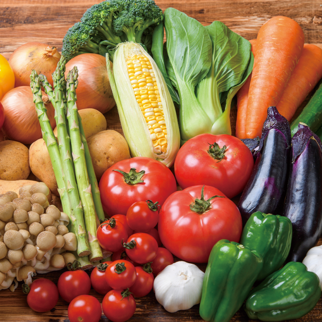 織田栄養専門学校 食品の色が変わるヒミツを実験で確かめよう1