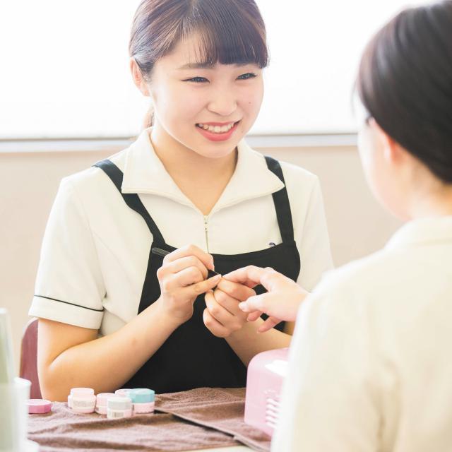 国際理容美容専門学校 見学ツアー【授業見学】4