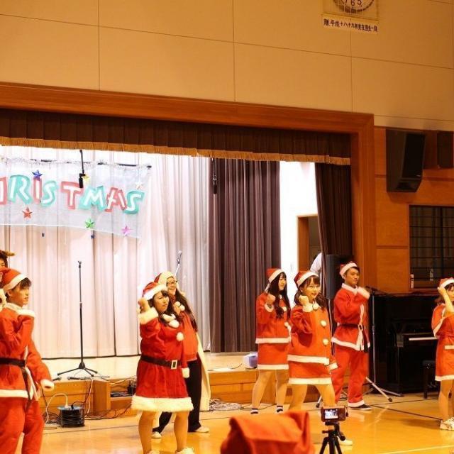 群馬社会福祉専門学校 GUNSHAのクリスマス会1