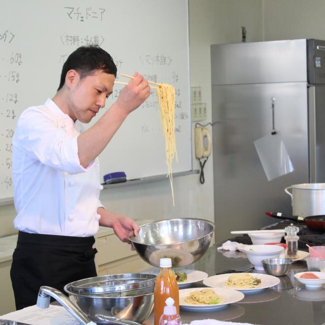 悠久山栄養調理専門学校 春を楽しもう! ~春野菜のパスタ~2
