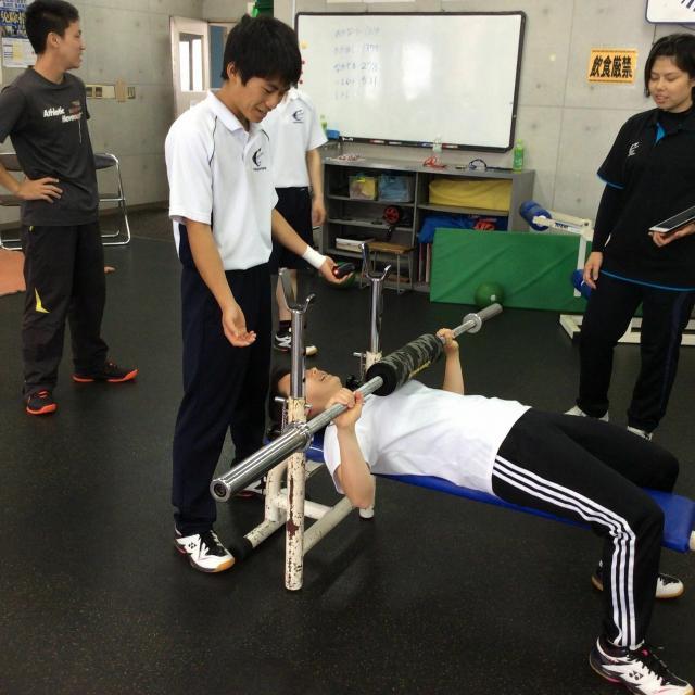 大阪社体スポーツ専門学校 ★トレーニングの体験授業★1