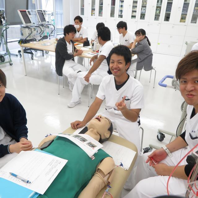 SOLA沖縄保健医療工学院 臨床工学技士学科3
