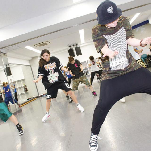 尚美ミュージックカレッジ専門学校 現役ダンサーによるダンスレッスン!プロダンサーを目指せ!1